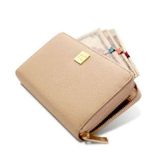 NEW! Wallet + Clip System – Tan (Preorder) The NEW Wallet and Clip System, inspired by Rachel Cruze, is a fresh update on the popular envelope system. It includes five colored clips to help you control your spending. Stylish and practical, this is the perfect companion piece for your busy life!