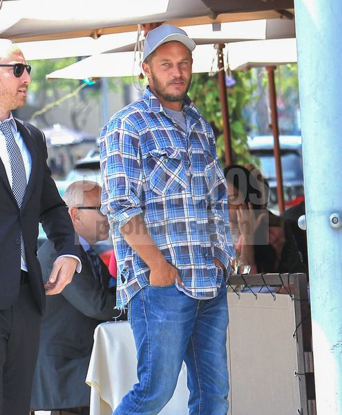 Travis Fimmel Sighted in Beverly Hills on May 30 2017