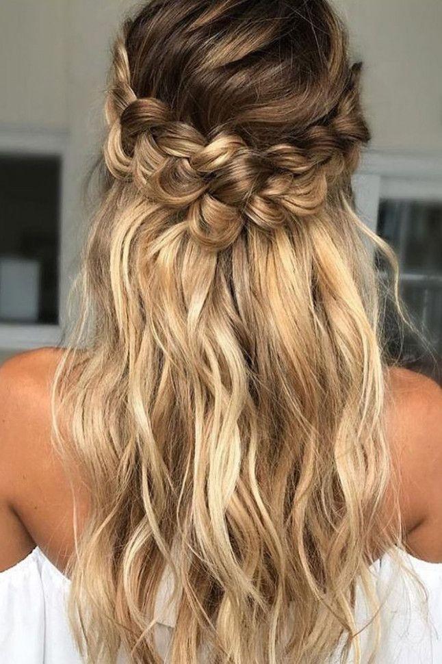 39 Geflochtene Hochzeit Haar Ideen, die Sie lieben werden | Geflochtenes Brauthaar, Lose Locken …   – Hairstyles