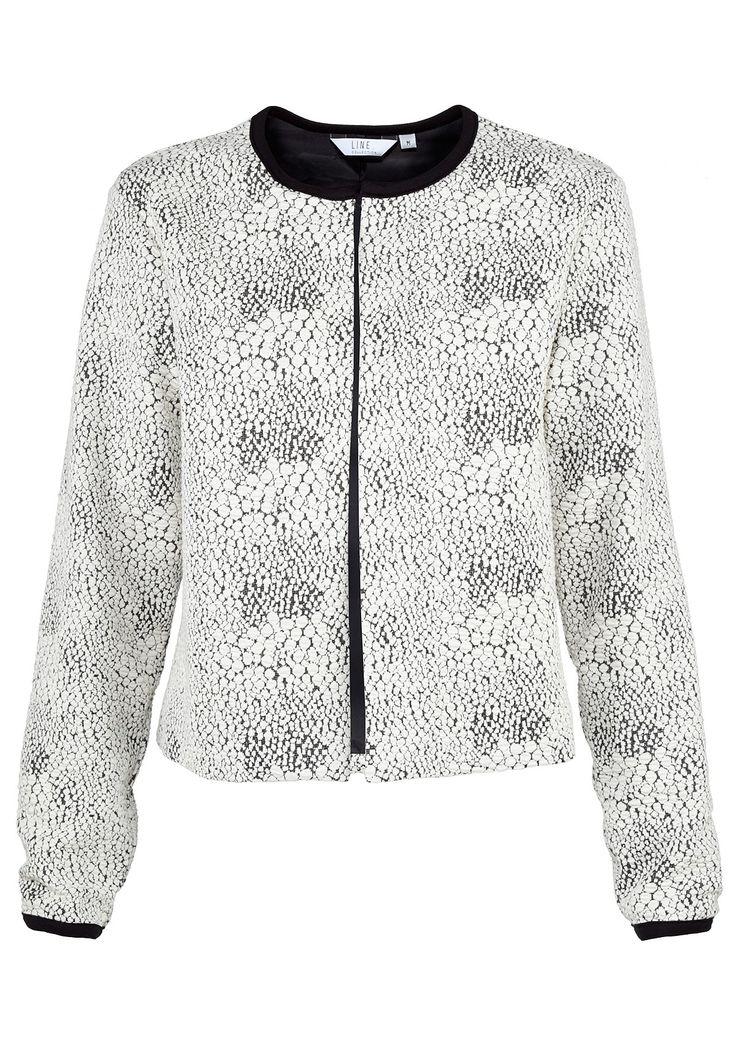 NetAnttila - Line Collection Line Collection -jakku | Paitapuserot ja jakut | Hempeän tyylikäs kuosi on naisellinen, muttei liian tyttömäinen.