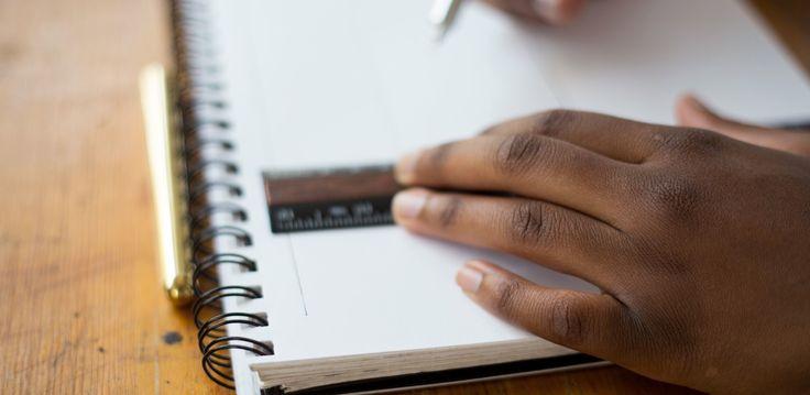 Exemples de CV gratuits Plus de 200 exemples de CV gratuits sontdisponibles pour vous accompagner et vous aider dans votre recherche d'emploi. Bien rédiger un CV est capital dans votre recherche d'emploi, de stage que cela soit en CDD, CDI, Interim, Alternance ou autres. Il doit être suffisamment détaillé (sans