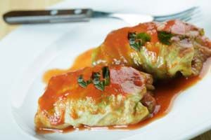 "Gluten Free Cabbage Rolls- use cauliflower ""rice"" instead for low carb!"