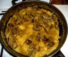 Hovězí karí s ananasem