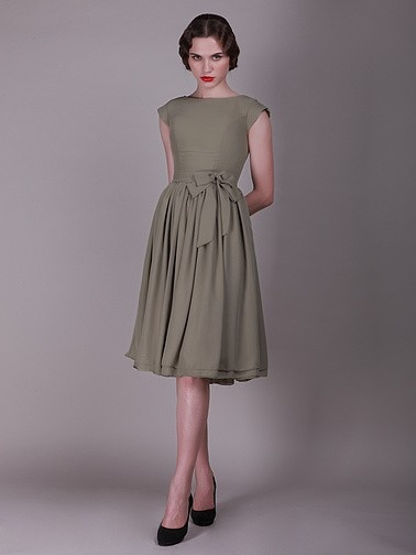 vintage bridesmaid dress with faux buttons #bridesmaid dresses,,,,,,,,,,,,,,