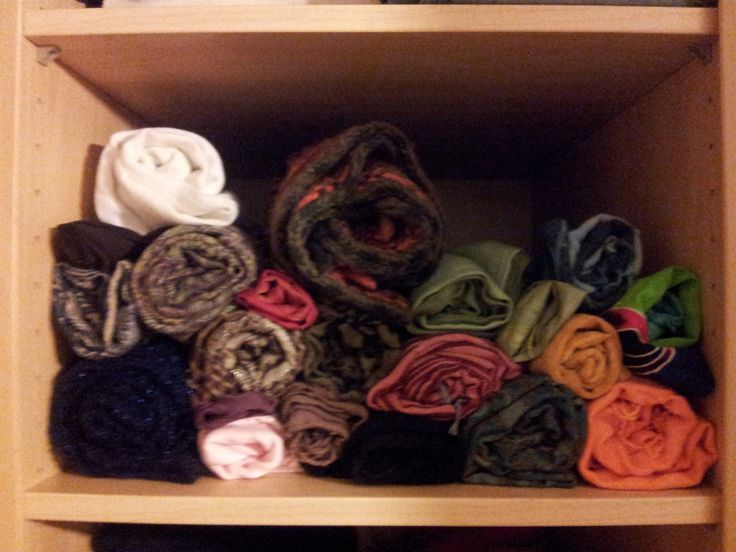 Op zoek naar een goed systeem om je sjaals overzichtelijk bij de hand te organiseren en op te bergen?