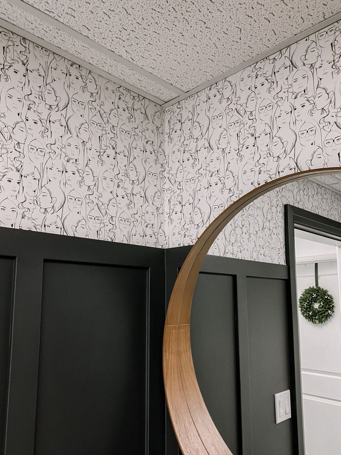 How To Put Up Wallpaper Without Paste