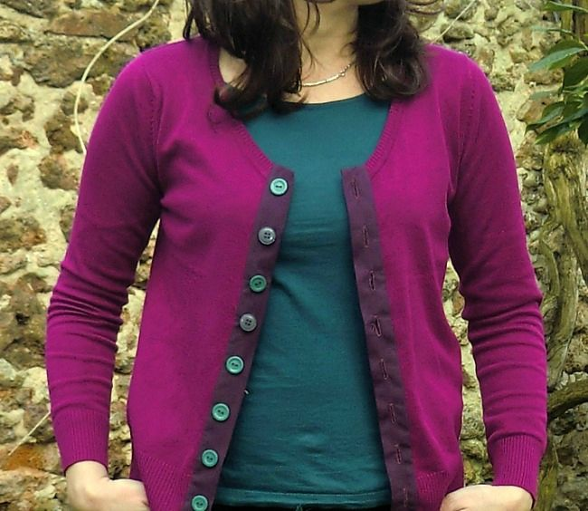 """""""Recycler"""" un pull un peu trop petit en gilet (avec explications!). :: How to upcycle a sweater that's a little too small."""