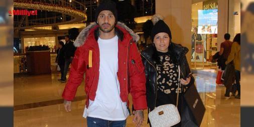 Uyumlu çiftin el ele alışveriş turu : Mağazaları dolaşıp alışveriş turu atan Ricardo-Maria Quaresma çifti şık giyimleri ile dikkati çekti. İstinyePark AVMdeki alışveriş turunun ardından Masa Restaurantta geçen çift baş başa romantik bir akşam yemeği yedi. ...  http://www.haberdex.com/magazin/Uyumlu-ciftin-el-ele-alisveris-turu/131929?kaynak=feed #Magazin   #alışveriş #turu #çift #geçen #Restaurant