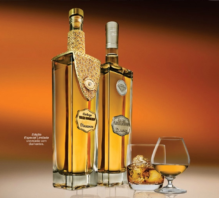 Cachaça in Diamond´s bottle - gift from Brazil  to Barack Obama.
