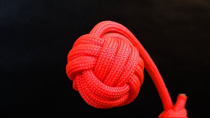 Here You will learn how to make a Monkey's Fist keychain. I'm using 550 paracord and final ball has about 1 inch diameter. If You want bigger knot, just make...
