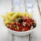 Een heerlijk recept: Penne met tonijn tomaat ansjovis en olijven