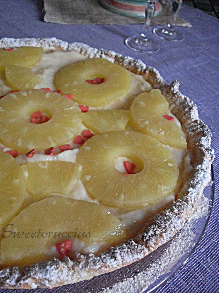 Crostata di pasta frolla al cocco e ananas