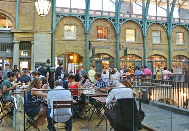 London, Covent Garden | Shake Shack 24 Market Building, The Piazza, London, England WC2E 8RD 0203 5981360