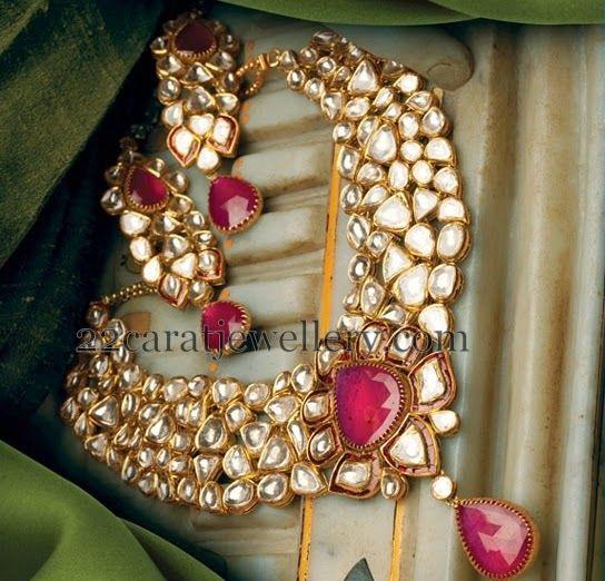 Jewellery Designs: Polki Kundan Set by Hazoorilal