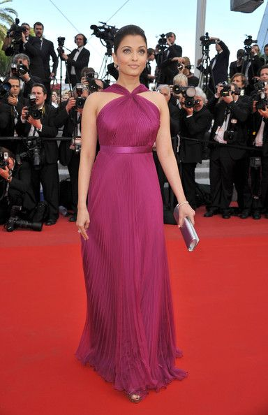 Aishwarya Rai  wore a one of a kind Gucci magenta pleated chiffon gown. Gucci Premiere seems to be the go-to designer for the coveted Cannes Film Festival.   Brand: Gucci PremiereCannes Film Festivals, Aishwarya Rai Bachchan, Festivals Outfit, Evening Gowns, Bollywoodstyl Bollywoodfashion, Red Carpets, Bollywood Fashion, Bollywoodfashion Cannes2014, Aishwaryarai Bollywoodstyl
