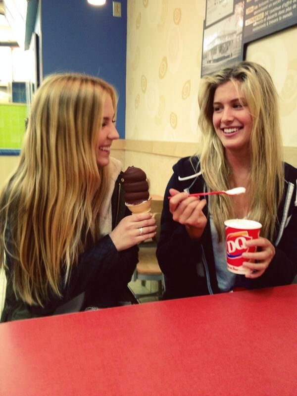 Bouchard twin sisters Genie and Beatrice (TennisWorld USA)