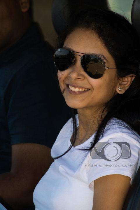 Individual / Couple | Nashik Photography | Sunita Kolhe smiles for the camera.
