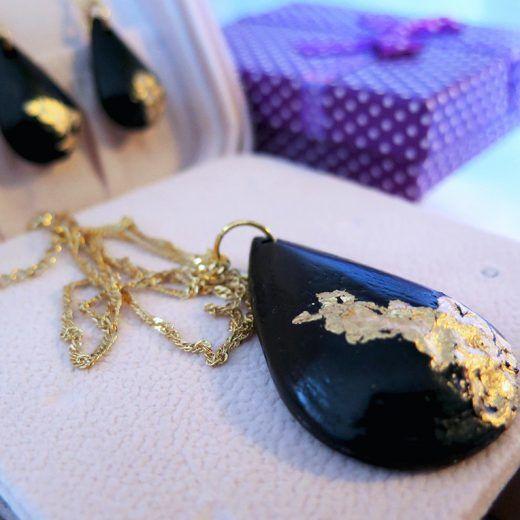 Ručne vyrobený náhrdelník Tessie - Black gold - Slovenský výrobok