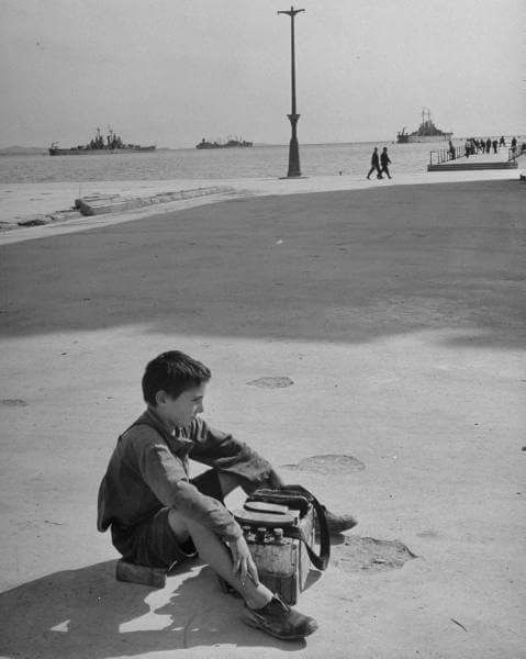 Piraeus. 1948. Photo by Mark Kaufmann