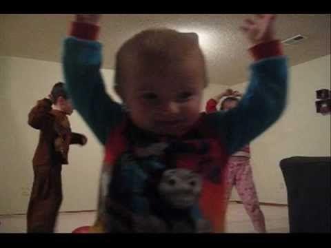 Unbelievable Little Kid Does a Trick Shot Video - Parents across the