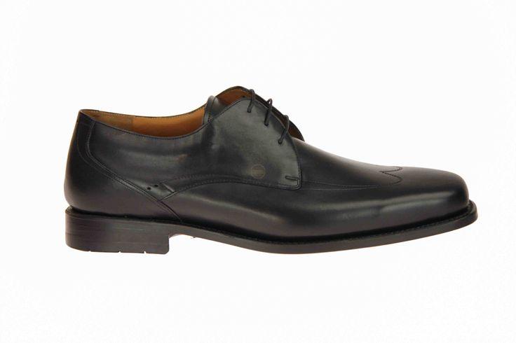 Van Bommel cognackleurige gekleden schoenen met K-leest, voor héél brede voeten. #VanBommel #Zomer2014 #SchoenenCaramel