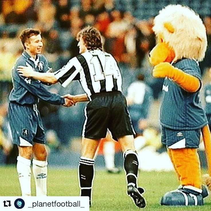 A belated very happy birthday to Dan Petrescu  via @_planetfootball_ #chelsea #cfc #footballshirtcollective