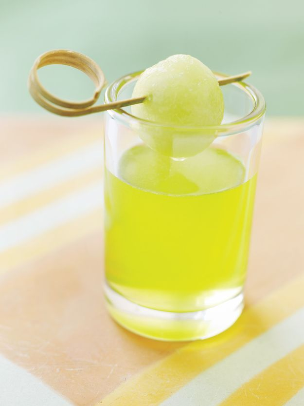 Honeydew Shot | 13 Vodka Shots You'll Actually Want To Take. This looks like something Dawn would like.