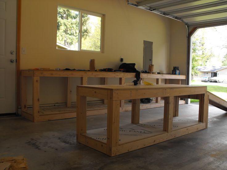 """DIY motorcycle work stand/table"" Hade inte varit dumt att ha, kanske ska snickra lite :)"