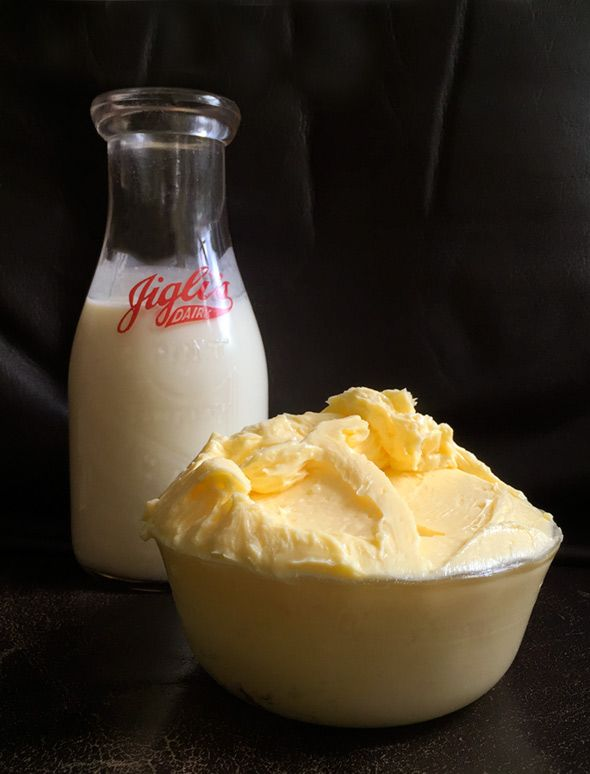 This cultured butter recipe is made from the best stuff on earth: cream, a bit of plain yogurt, and a wee smidge of salt. Best part: buttermilk!