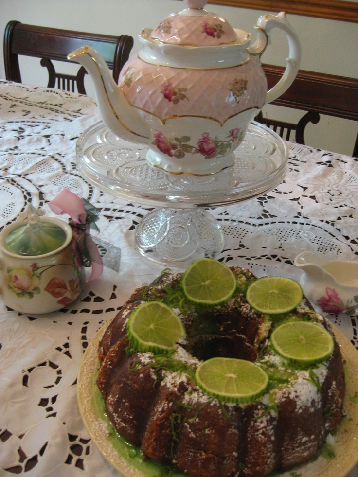 KEY LIME POUND CAKE FOR THE GOOD OLE SUMMERTIME