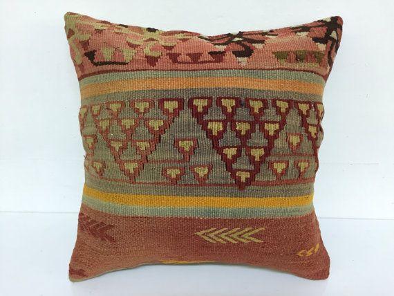 Turkish pillowDecorative pillowNatural pillowCushion by laviaart