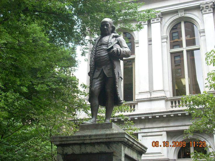 アメリカ・ボストンには偉大なベンジャミン・フランクリンの銅像がある。