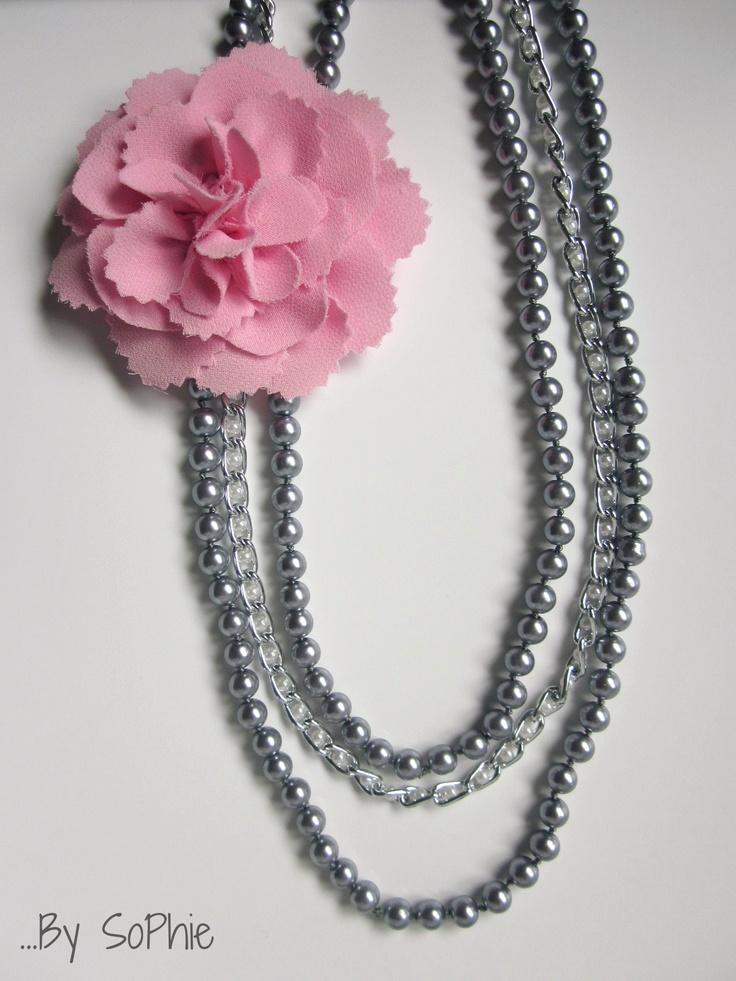 """collar by sophie """"colección floriperla"""" en gris/rosa"""