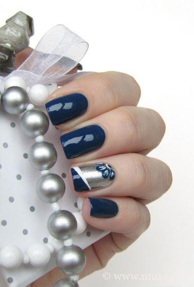 Mari's Nail Polish Blog. Navy blue nails with silver nail art   http://creativenailsideas.blogspot.com