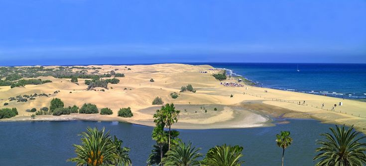 The beaches are one of 10 ways to lose your heart to Gran Canaria...