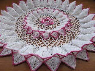 """Free pattern with charts for this """"10 Pleat Repeat Doily""""...Amazing!"""
