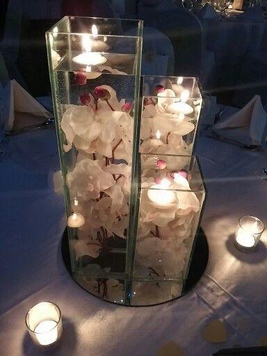 3 vase centrepiece