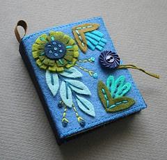 floral felt needlebook