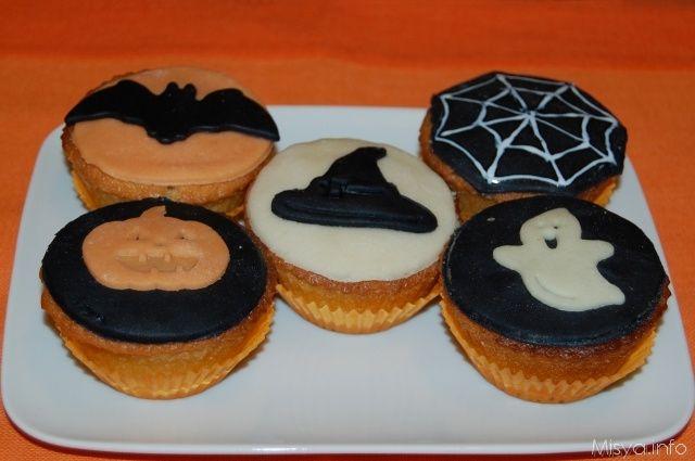 Cupcakes di halloween, scopri la ricetta: http://www.misya.info/2012/10/08/cupcakes-di-halloween.htm