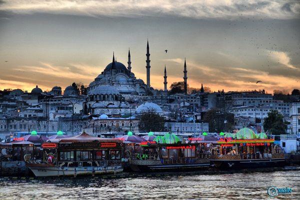 Istanbul city life photo