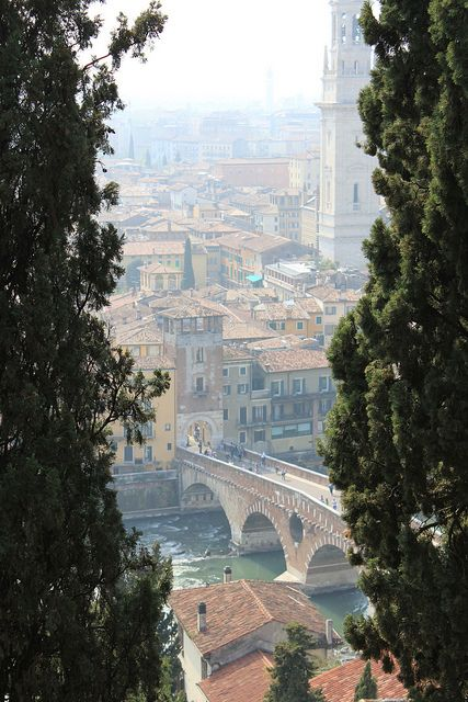 Verona, Italy: Beautiful Italy, Romeo And Juliet, Love Italian, Love Note, Verona Italy Juliet, Verona Overview, Things Italian, Beautiful Things, Fair Verona