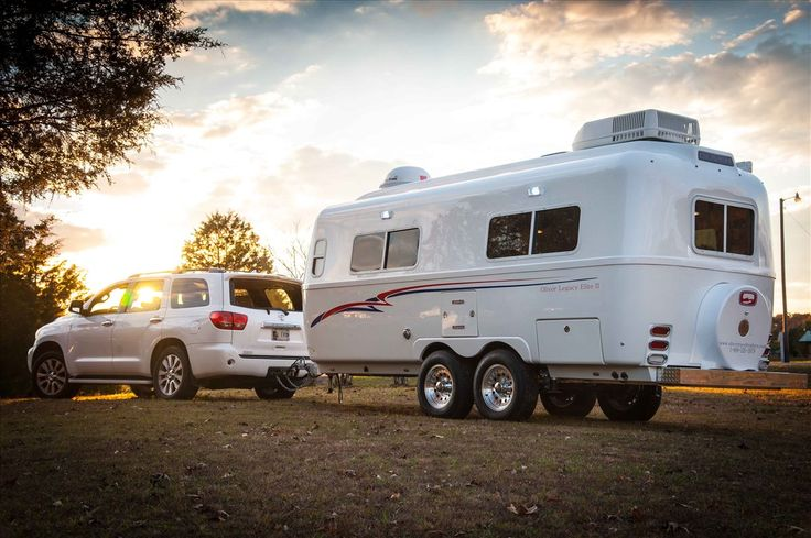 The Oliver Legacy Elite II travel trailer is our tandem axle double-hulled fiberglass travel trailer available in Standard and Twin Bed floor plans.