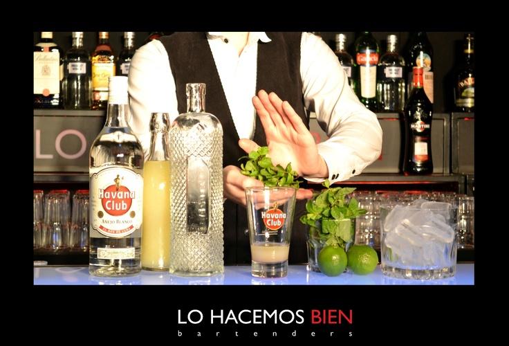 Tip: La Menta    A la hora de preparar un cocktail con menta, agarramos 3 o 4 ramitas de menta, las colocamos en nuestra palma y la aplaudimos.  Esto va a generar que los aromas se desprendan y tu cocktail va a ser un éxito.