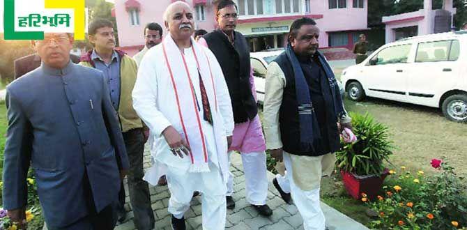 केंद्र में 'भाई' का राज तो आंदोलन क्यों : प्रवीण तोगड़िया http://www.haribhoomi.com/news/india/politics/togadia-with-modi-in-power-ram-temple/36005.html