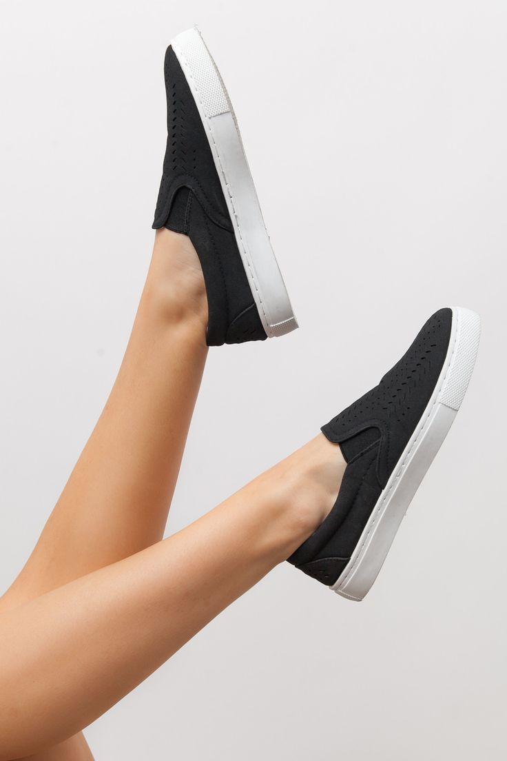 Kick Back Slip On Sneakers in Black
