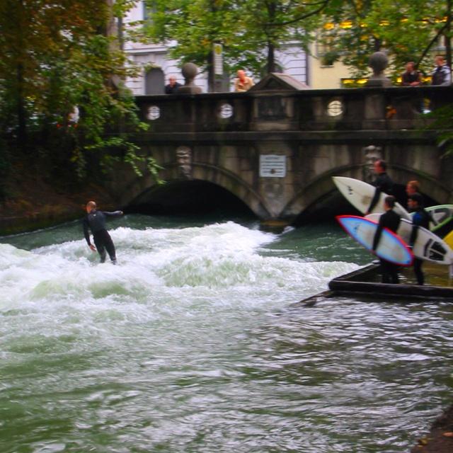 München, River Surfer