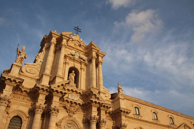Siracusa / Church / Sity / Sicily / Blue sky