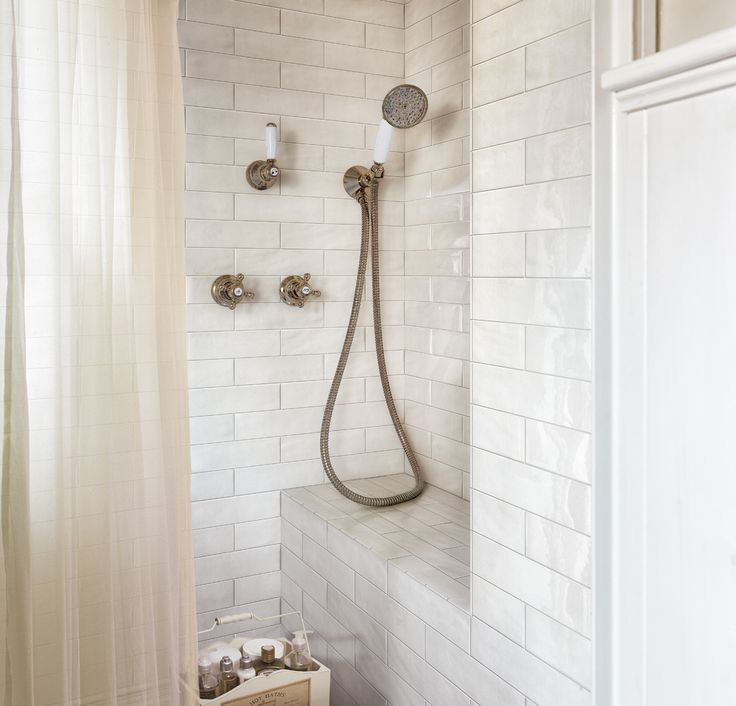 From classic to contemporary, Fap ceramiche Boston Subway Tile is a timeless choice. Graniti Vicentia offers the perfect selection to give any space a touch of sophisticated flair. #FAP #porcelain #subwaytile #tile #GranitiVicentia #tilestyle #interiordesign #bathroom #kitchen #walltile #design www.GranitiVicentia.com