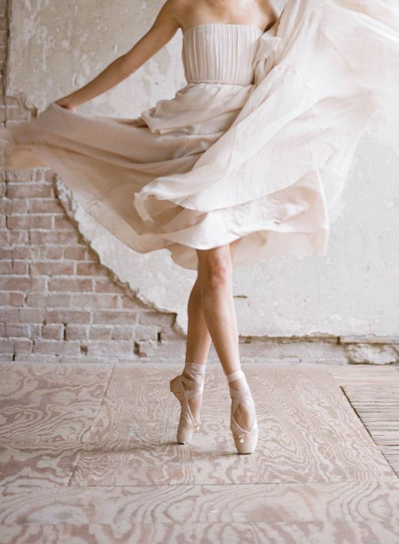 Ballerina Wedding Dress inspiration // 66200010-2 - Wedding Sparrow | Best Wedding Blog | Wedding Ideas