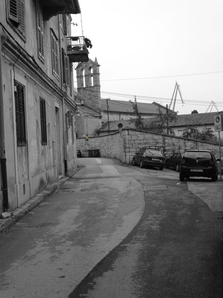 Straßen in Pula